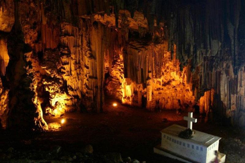 Antigoni Villa -  Melidoni Cave