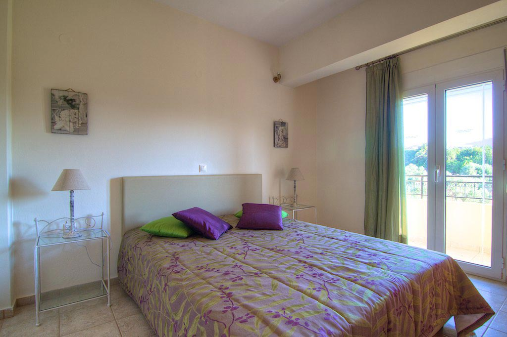 Villa Lambros - Rooms
