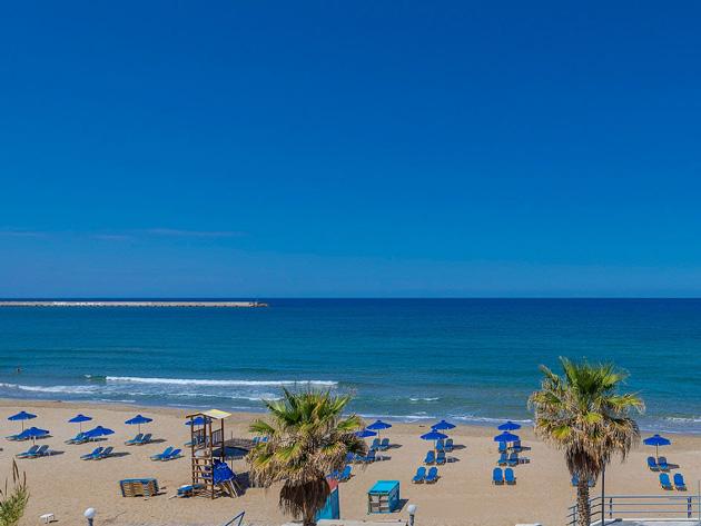 Rethymno beach