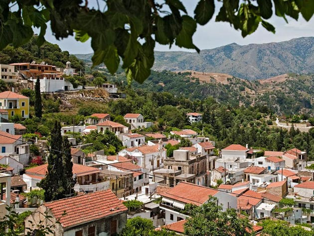 Argiroupoli village