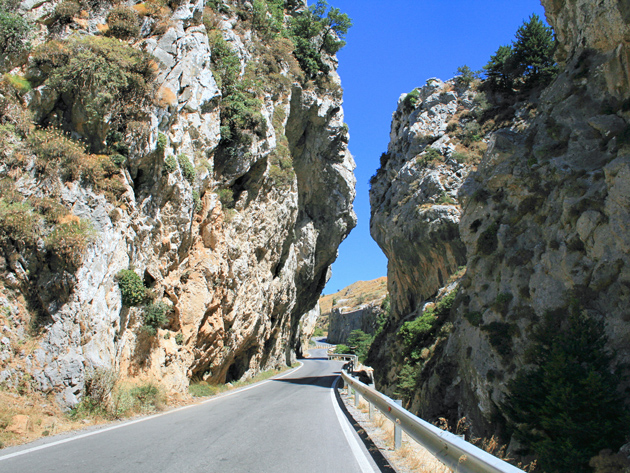 Kotsifou gorge