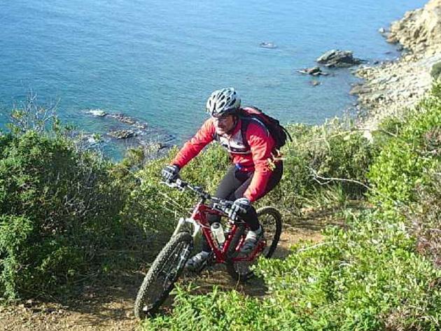 Cycling in Eleftherna
