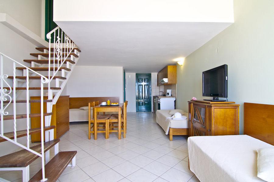 Suite Livingroom HD