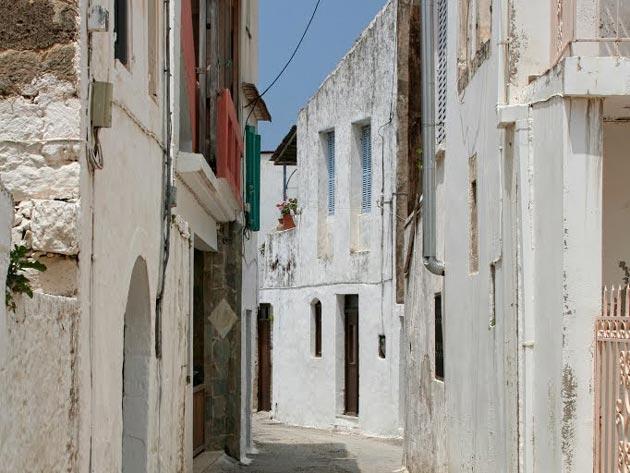 Agios Konstadinos village