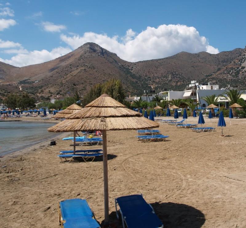 Elounda organized beach. - Elounda organized beach.