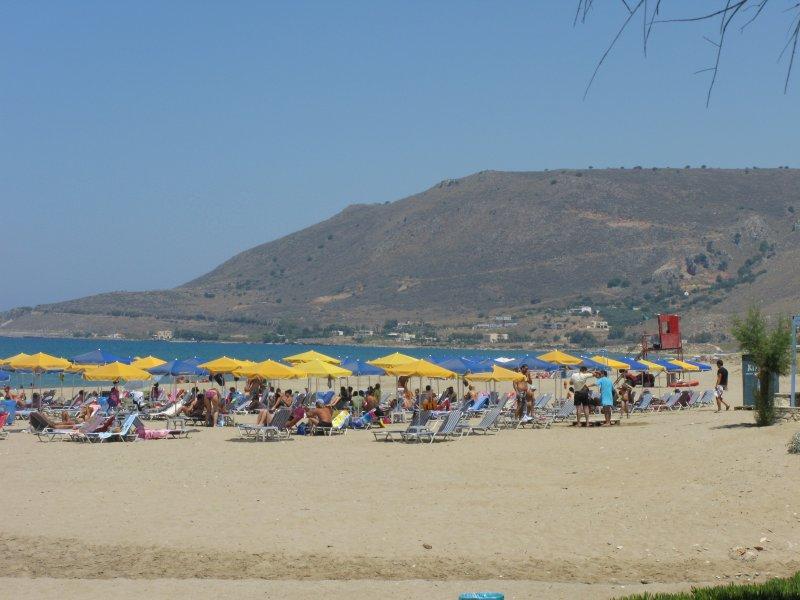 Organized part of the beach. - Organized part of the beach.