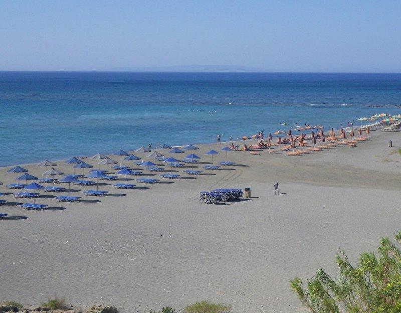 Frangokastelo sandy beach. - Frangokastelo sandy beach.