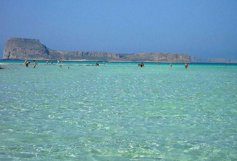 Balos crystal clear sea. - Balos crystal clear sea.