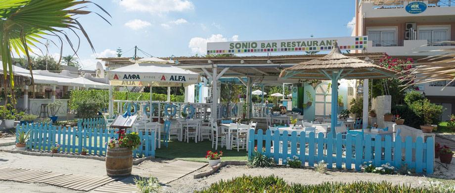Sonio Beach-Restaurang-Pool-Bar