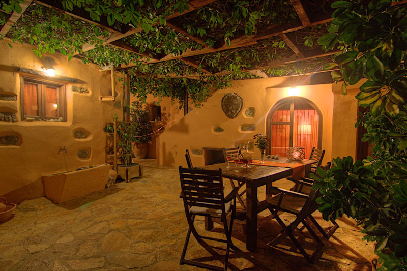 Pente Anemoi - Our villa
