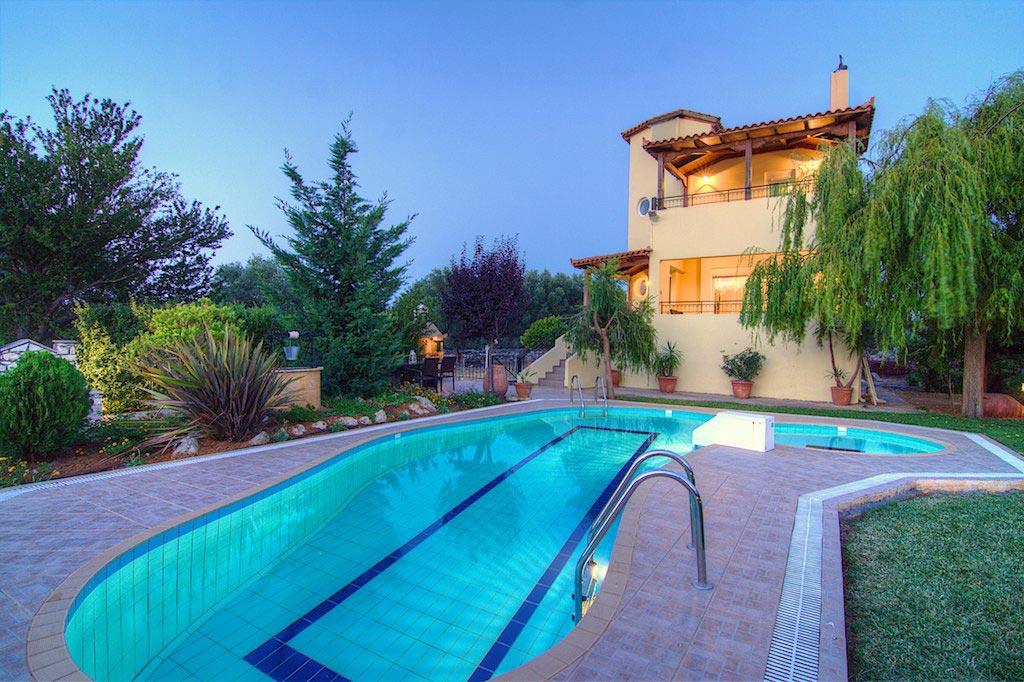 Villa Lambros - The Villa