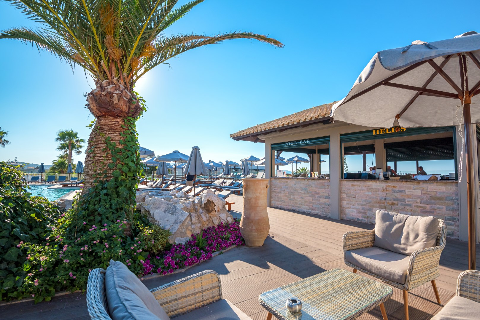 Pool Bar - Roof Garden