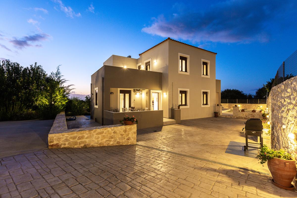 Gaia Villa Modern