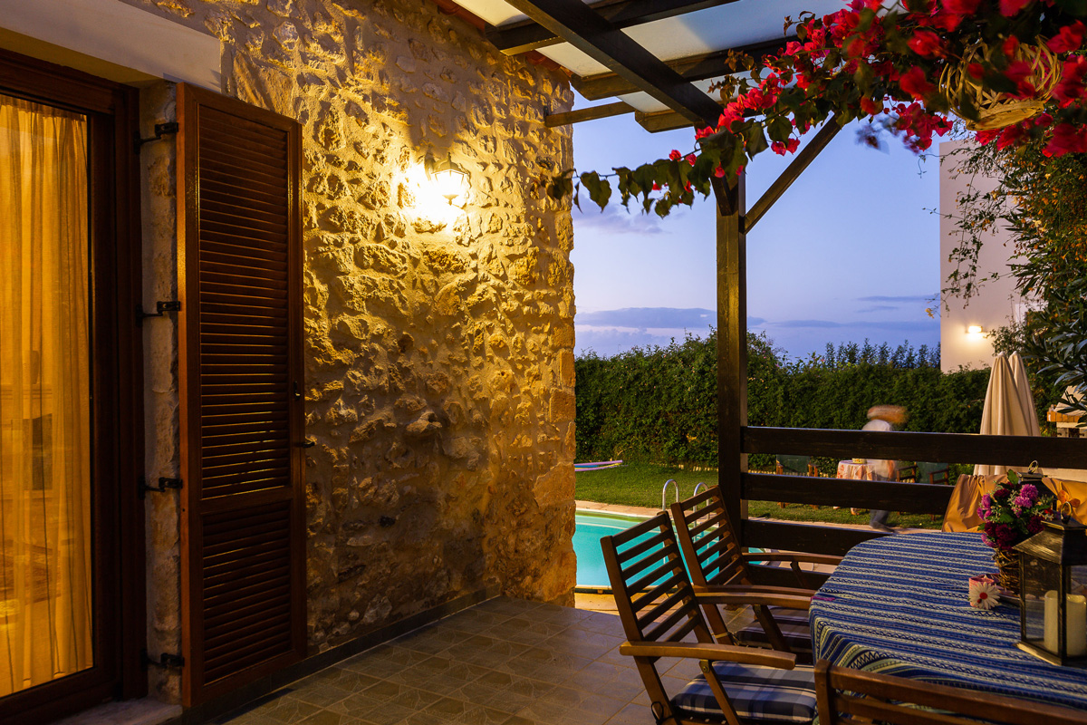 Villa 1 Outdoors -