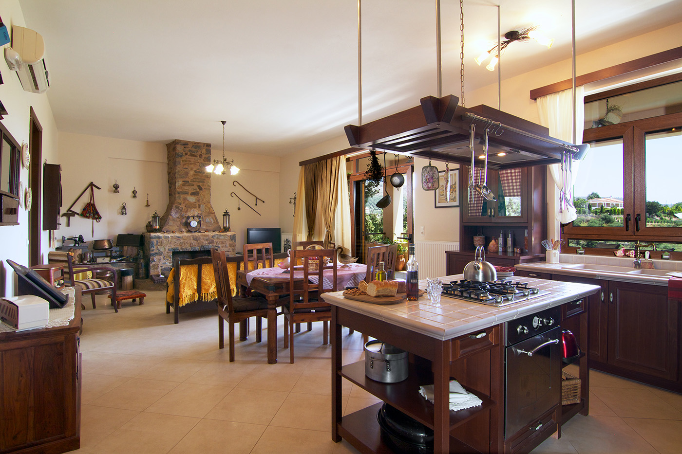 Indoors - Kitchen, dining and living area
