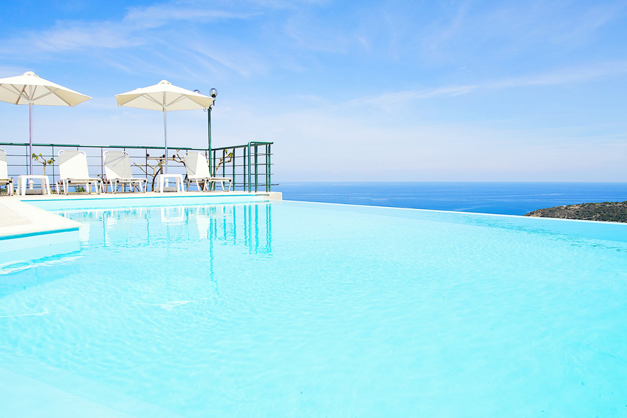 Outdoor - Infinity swimming pool