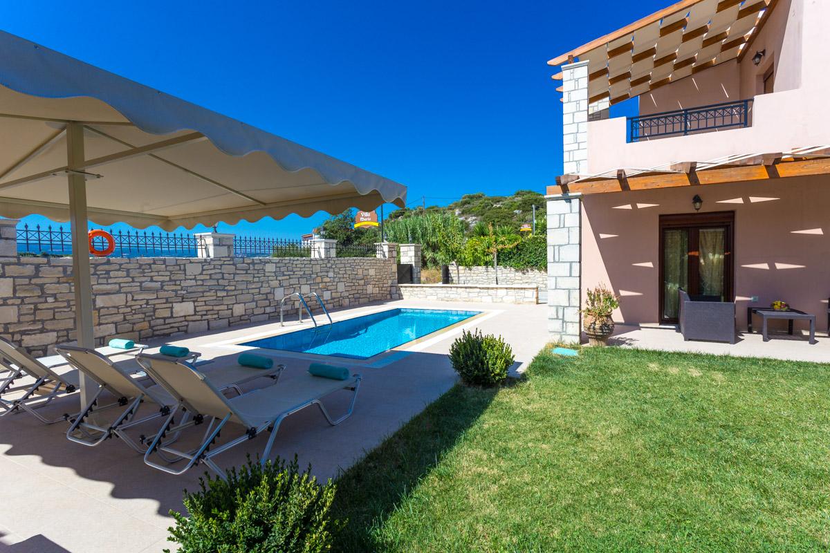 Villas Roumeli -