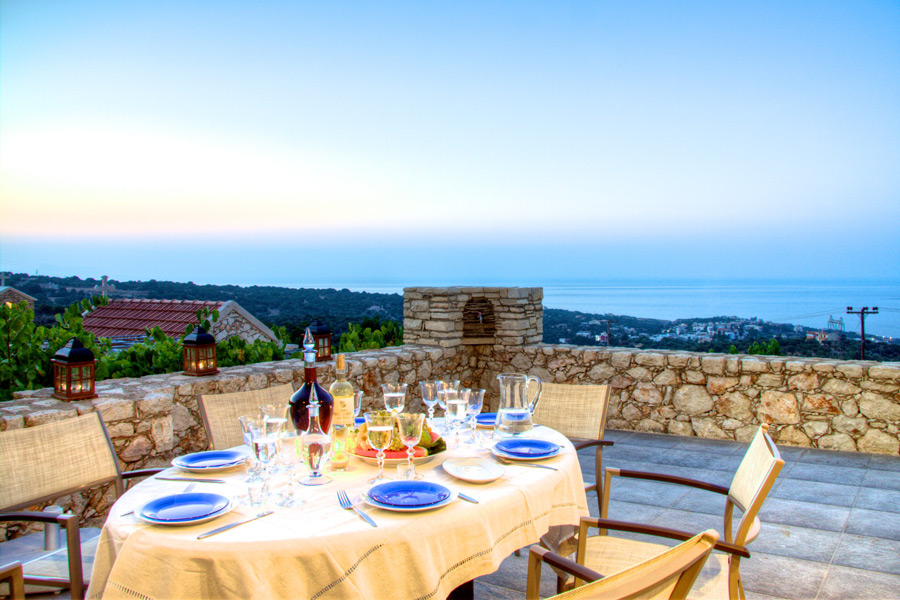 Outdoor - Enjoy your open-air meal with panoramic view!