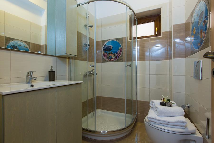 Indoors Villa 1 -