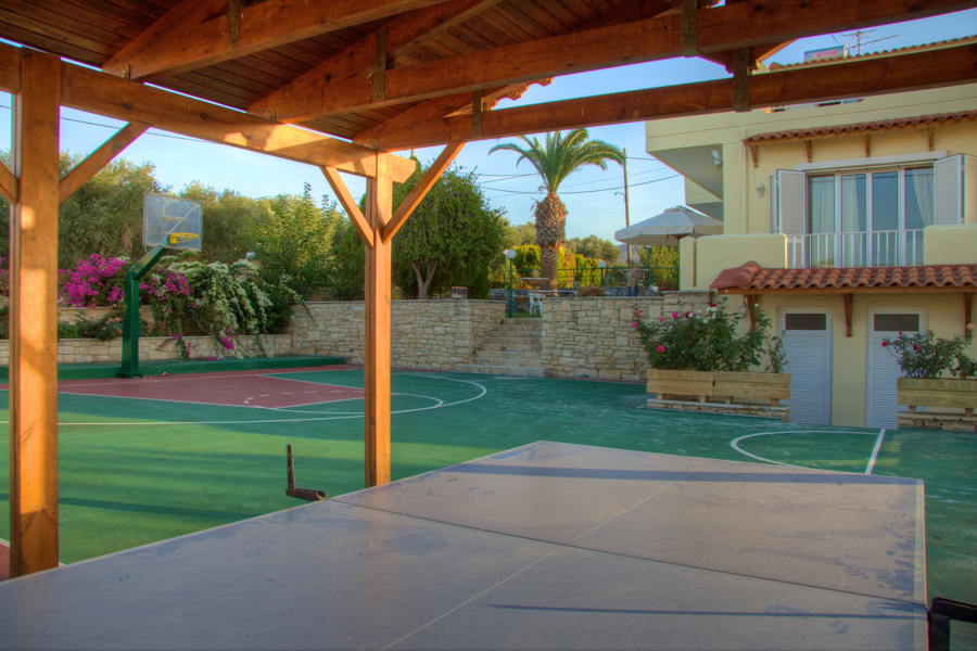 Outdoors - Basketball court and table tennis