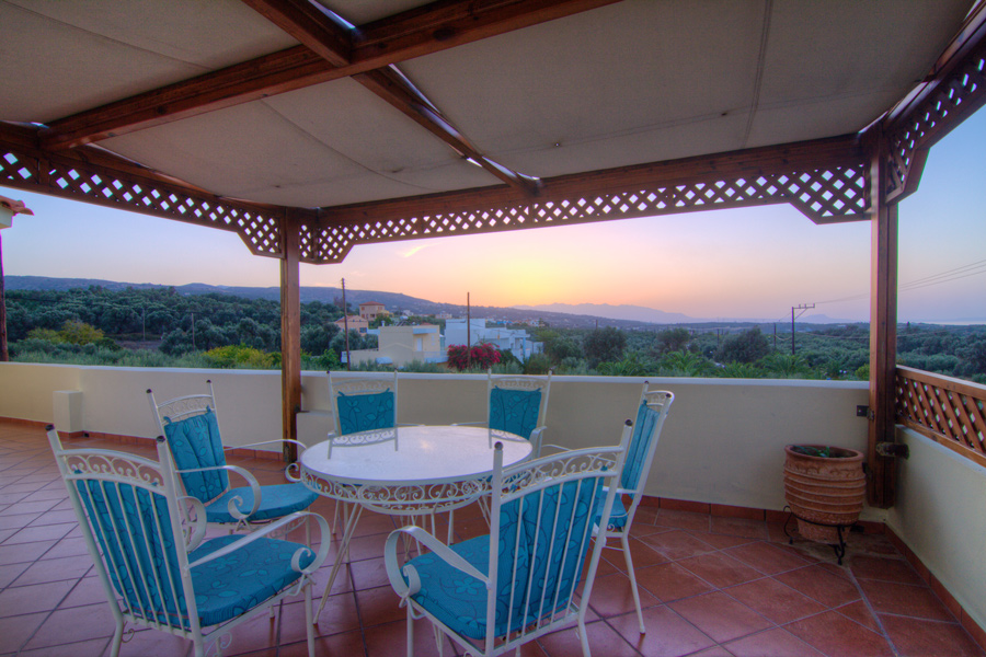 Outdoors - 100m2 veranda offering sea and mountain view