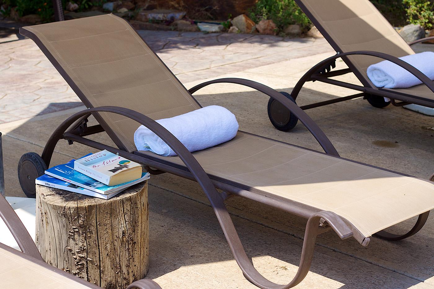 Outdoors - Enjoy sunbathing in our pool side!