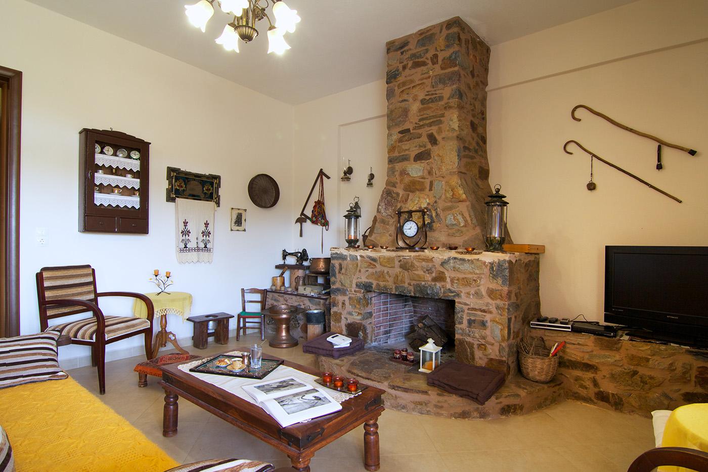 Indoors - Livingroom
