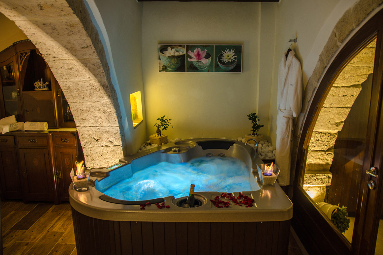 Archontiki Villas - Relax room with jacuzzi