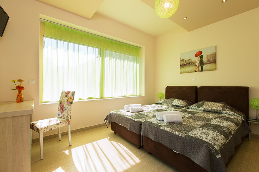Villa Green Mare (Indoor) -