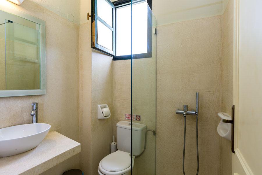 Rooms - En suite bathroom