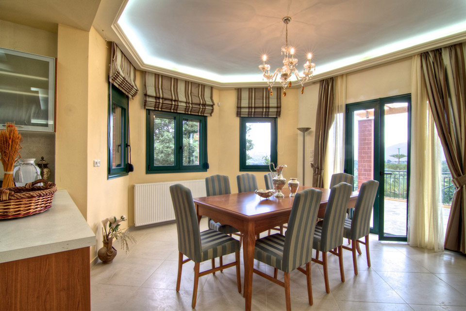 Indoors - Dining room