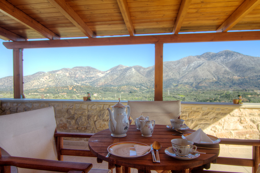 Outdoors - Veranda with amazing mountain views