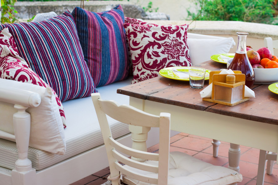 Outdoor - Dining table