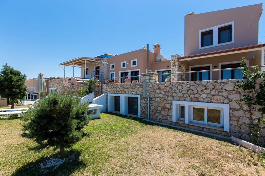 Outdoor - Facade of the villa and garden