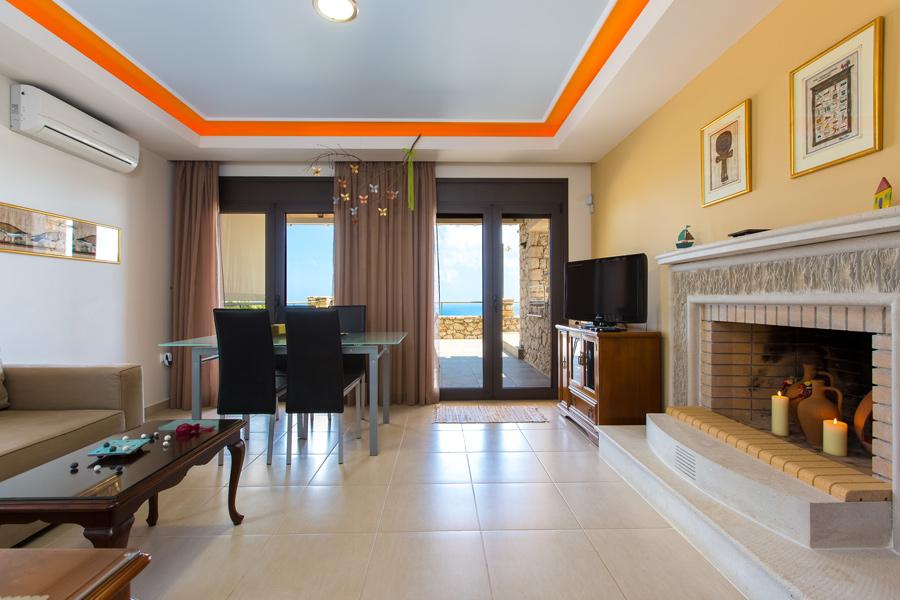 Indoor - Open plan living area